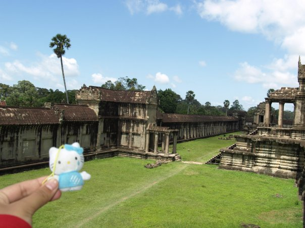 hello kitty in cambodia